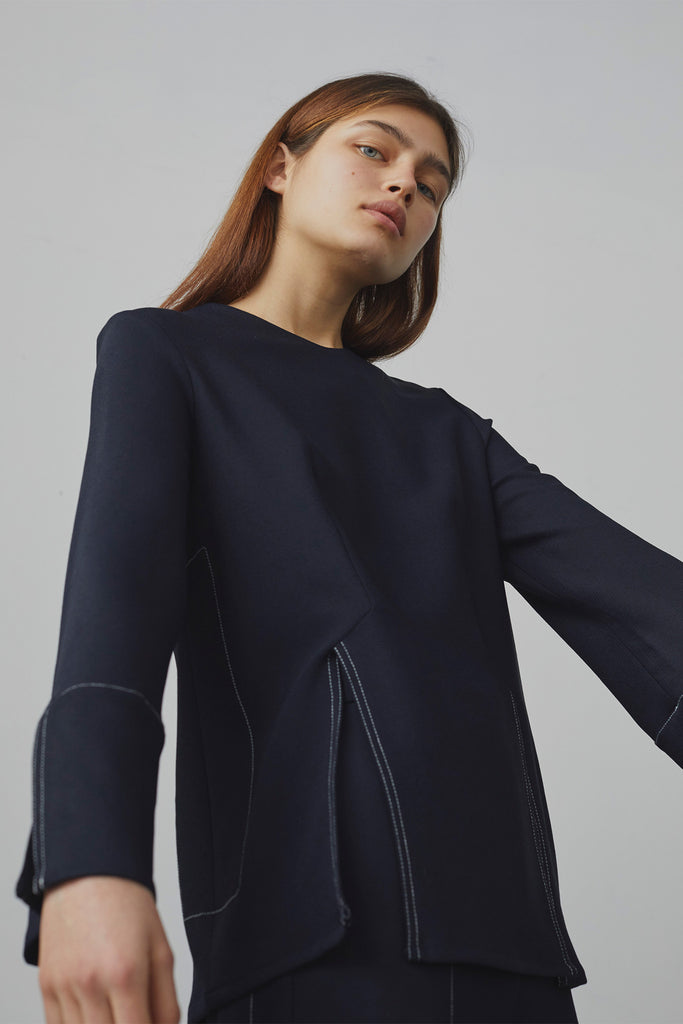 Romolo Vented Top In Midnight