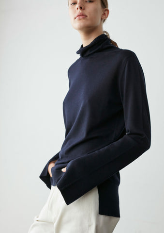 Shift Knit In Dark Navy Merino