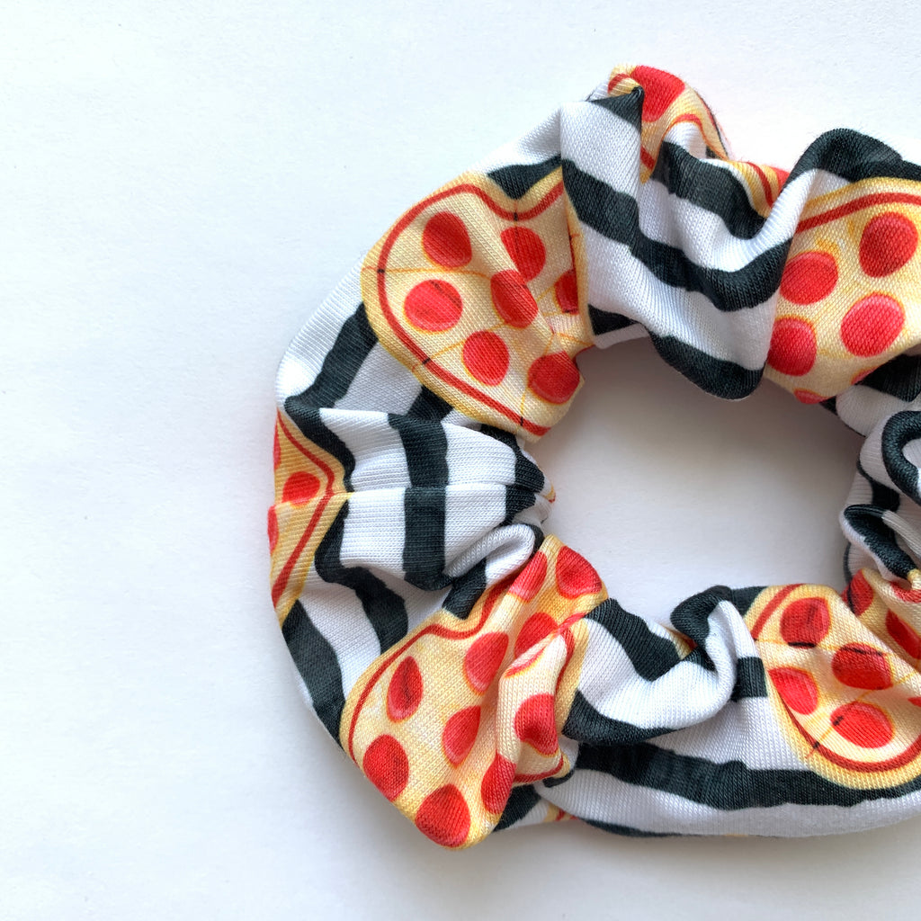Scrunchie - Pizza Heart