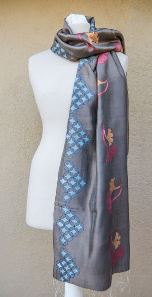 Ginkgo leaf geometric – hand-woven and hand-embroidered scarf