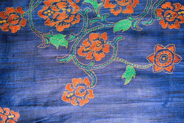Roses on purple silk - hand-woven hand-embroidered scarf