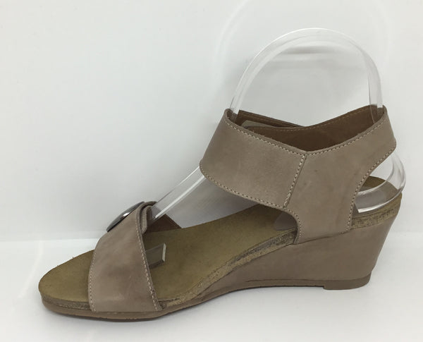 Effegie Ilda Beige Leather heel