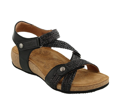 Taos Trulie Black Leather Sandal