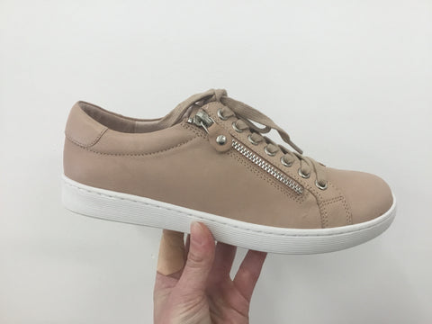 Django & Juliette Donat Dark Nude Leather Sneaker