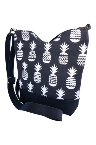 Everyday Crossbody Purse in Midnight Pineapple