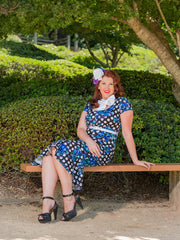 Bettie 'Polkadot Posy'