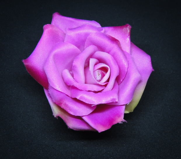 Small Rose Hair Flower