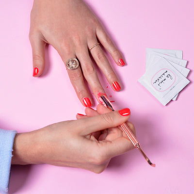 3 TIPS FOR A FAST & EASY GEL MANICURE REMOVAL (AT HOME)!