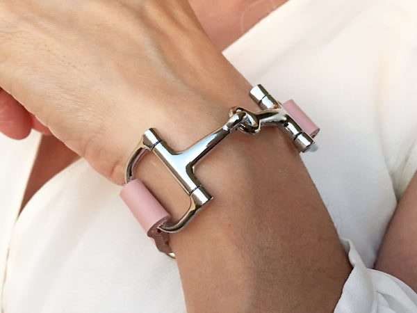Leather Horse Bit Bracelet Soft Pink S3088 | Ideana