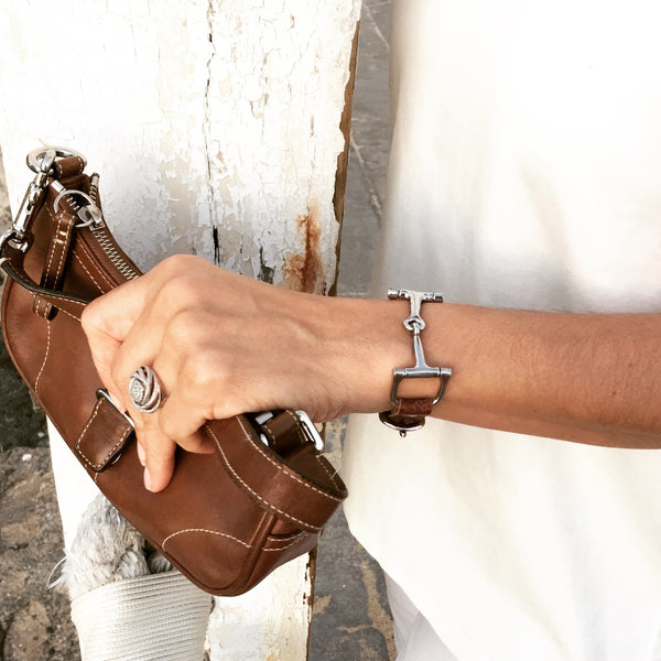 Handcrafted Leather Horse Snaffle Bit Bracelet R1566 | Ideana