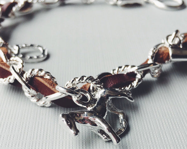 Beige Leather Equestrian Horse Charm Bracelet | Ideana