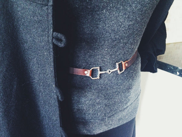 Red Equestrian Thin Belt | Ideana