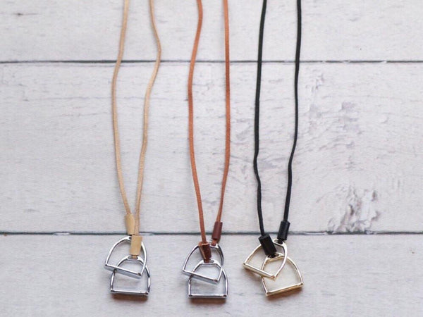 Horse Lovers Necklace B4022 | Ideana