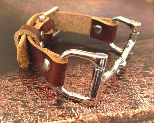 Leather Wrap Equestrian Bracelet D3915 | Ideana