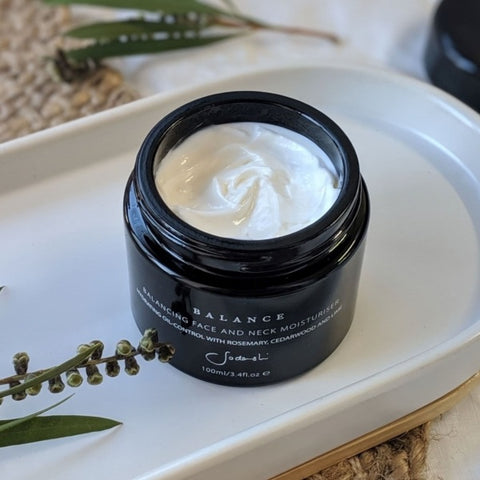 Australian Luxury Spa & Natural Skincare Brand, Sodashi. Buy Sodashi Balancing Face and Neck Moisturiser at One Fine Secret. Natural & Organic Skincare store in Melbourne, Australia.