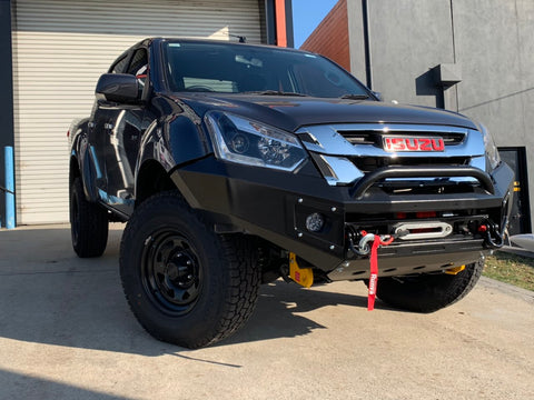 Suits Isuzu Dmax 2017 on  BLACK POWDER COAT- EXTREME SERIES BULLBAR
