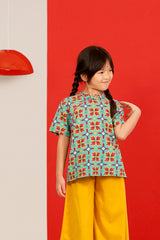 The Spring Short Sleeve Cheongsam Blouse - Spring Garden Print