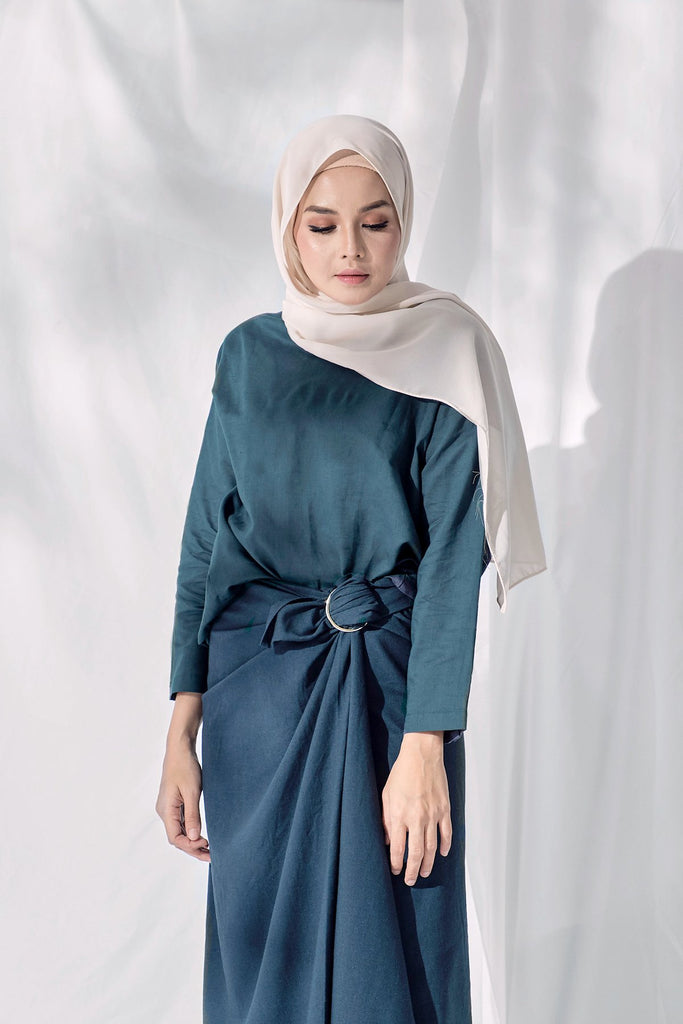 The Langit Women Origami Blouse - Emerald Green
