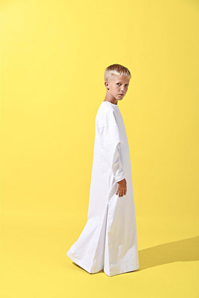 The LAGOM Unisex Jubah - White