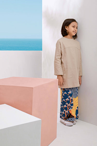 The Pulau Pair Pockets Baju Kurung - Khaki with Sentosa