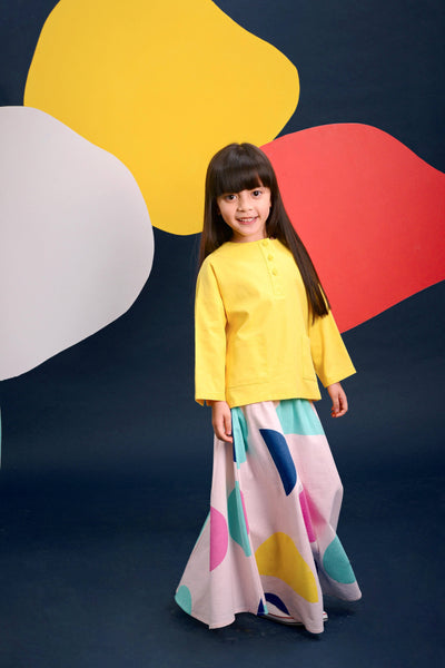 The Pelangi Baju Kurung - Lemon Yellow with Dancers