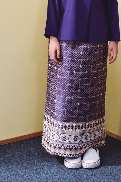 The TENANG Jacquard Skirt - Purple