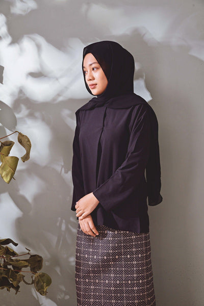The TENANG Petal Baju Kurung - Black