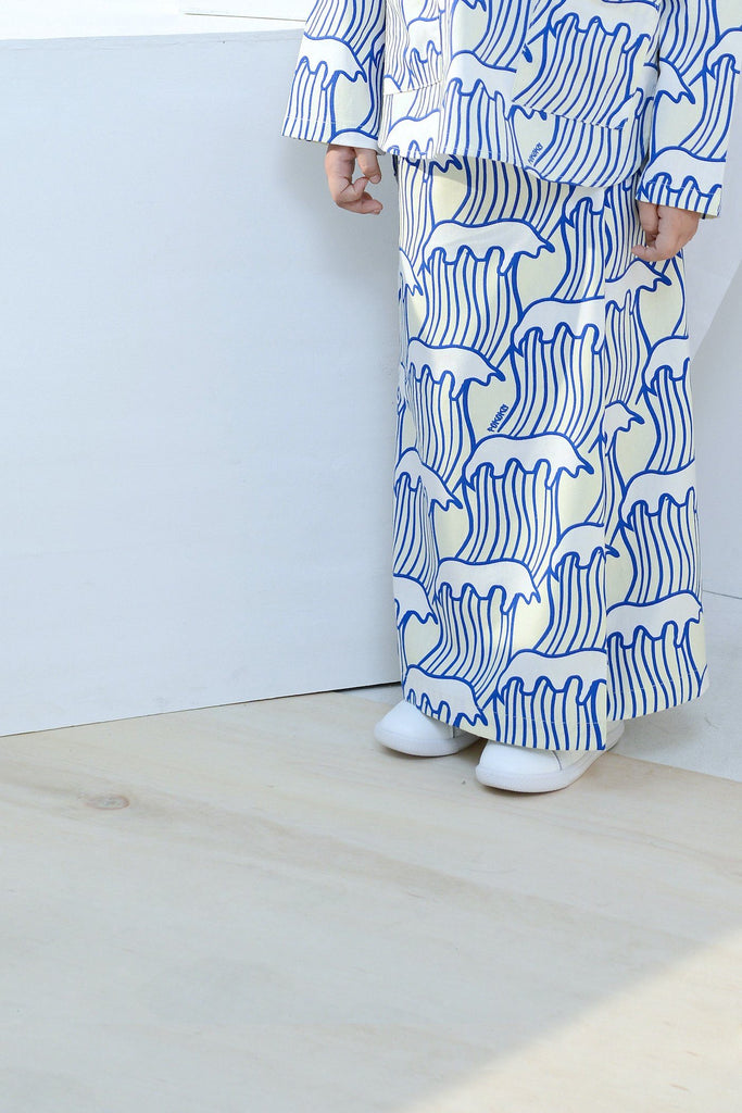 The Bangun Buttons Folded Skirt - Nami Print