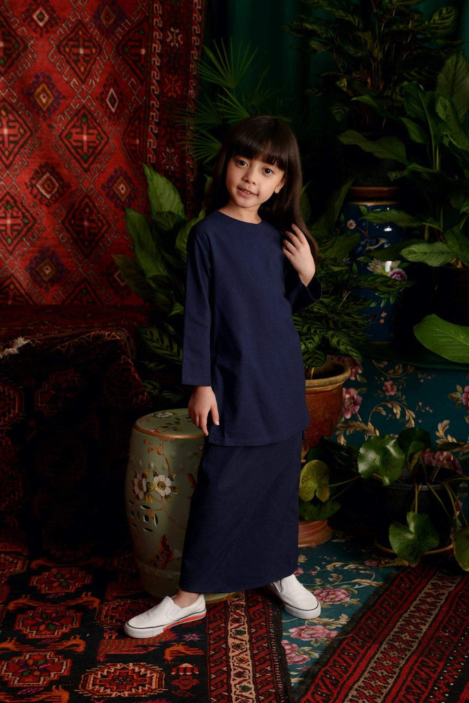 The Teratai Kameez - Navy Blue - POKOKS.COM