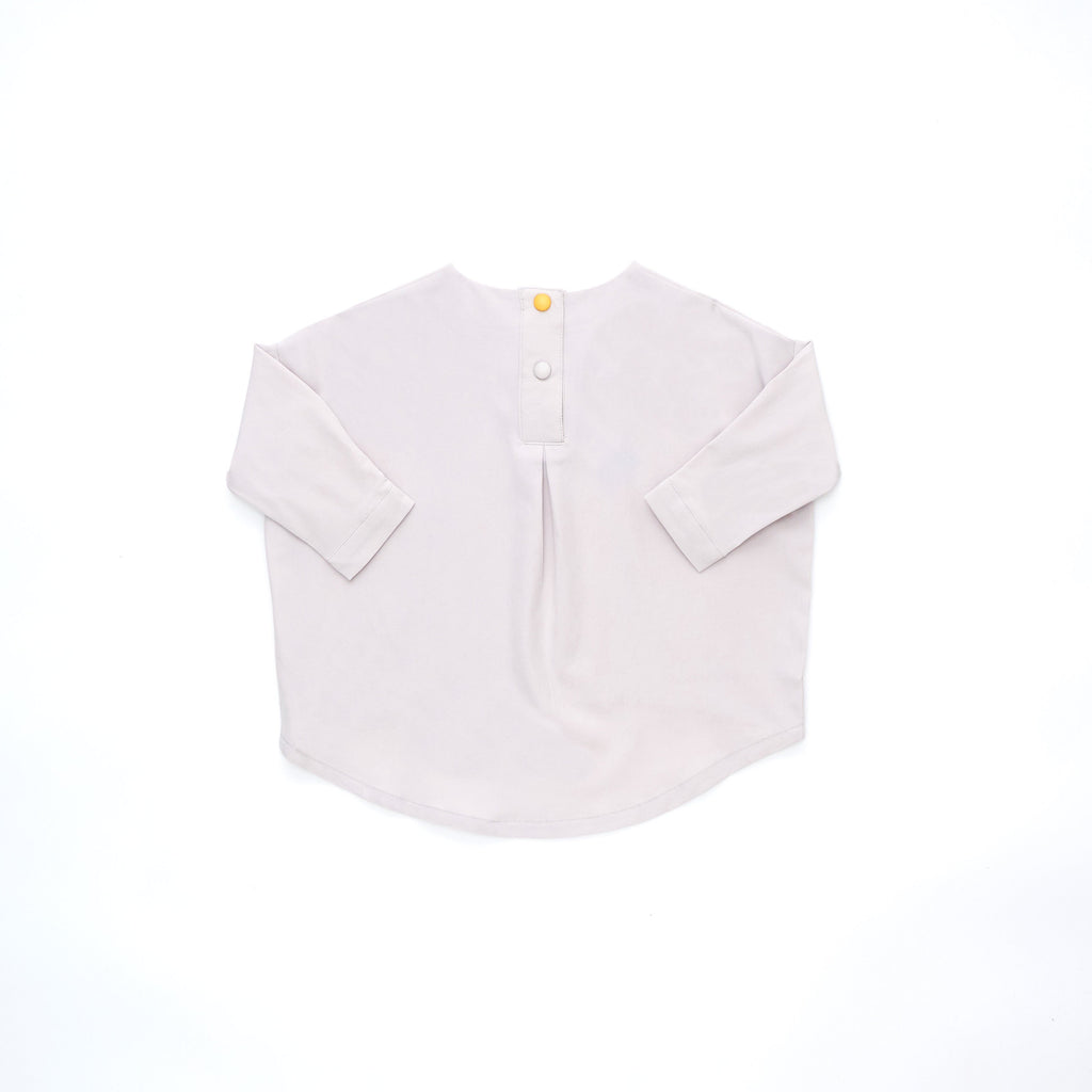 The Cerita HI-LO Blouse - Light Grey