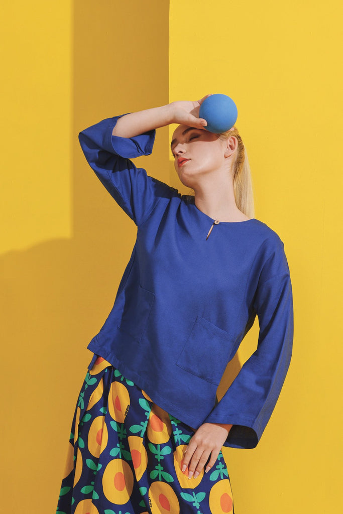 The Kurnia Women Relaxed Blouse - Classic Blue