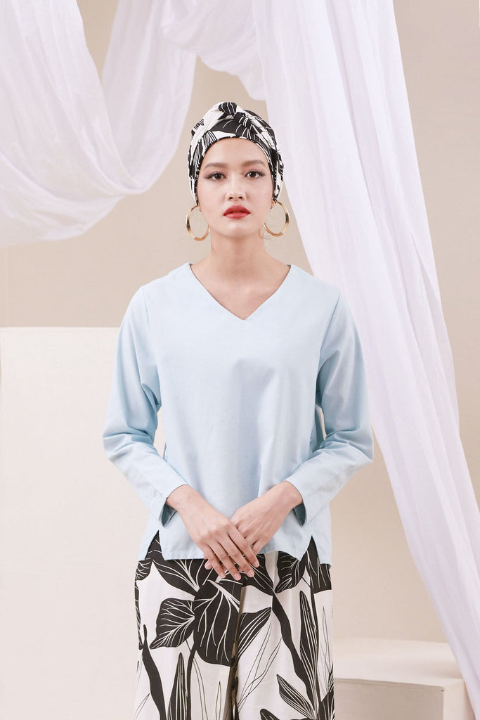 The Nari Women Tunic Kite Blouse - Light Blue