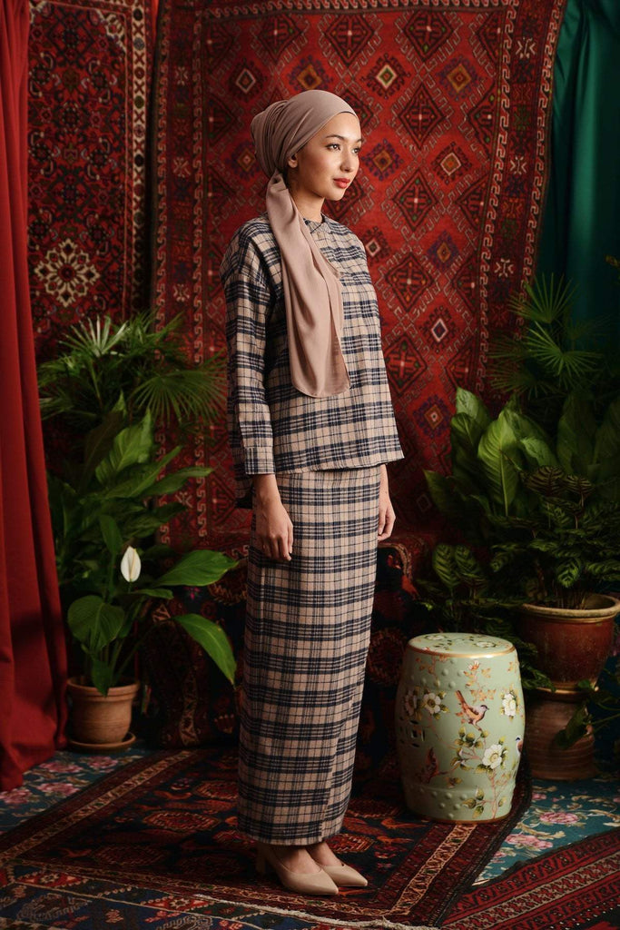 The Teratai Women Boxy Blouse - Checked Khaki - POKOKS.COM