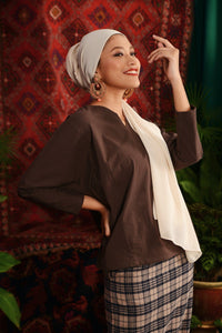 The Teratai Women Kite Blouse - Dark Brown