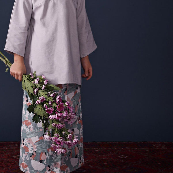 The Ingat Baju Kurung - Light Grey with Origami Print