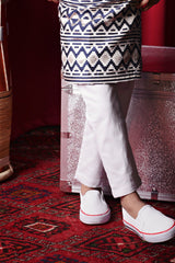 The TALI Slim Fit Pants - White