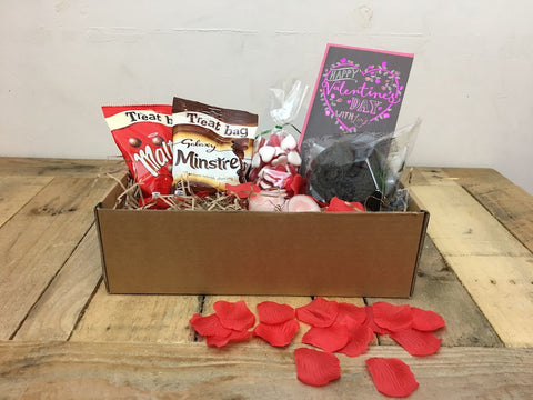 'Be my Valentine', gift box for her (with luxury chocolate cake)