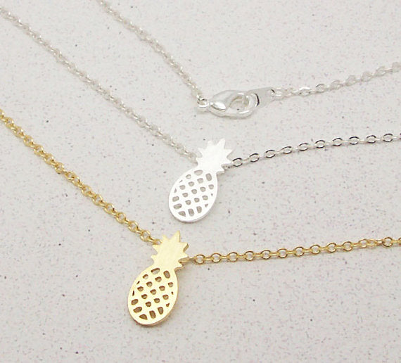 Simple Pineapple Pendant Necklace