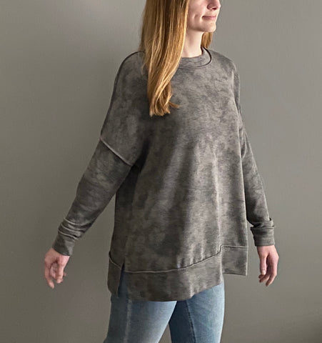 THE HOLDEN• Grey mix long sleeve tie dye top