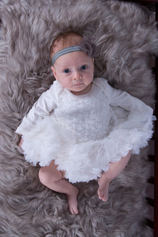 Rosette Princess Long-Sleeved Baby Onesie Pettidress
