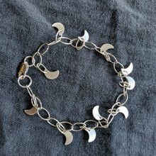 Load image into Gallery viewer, Moon charm bracelet