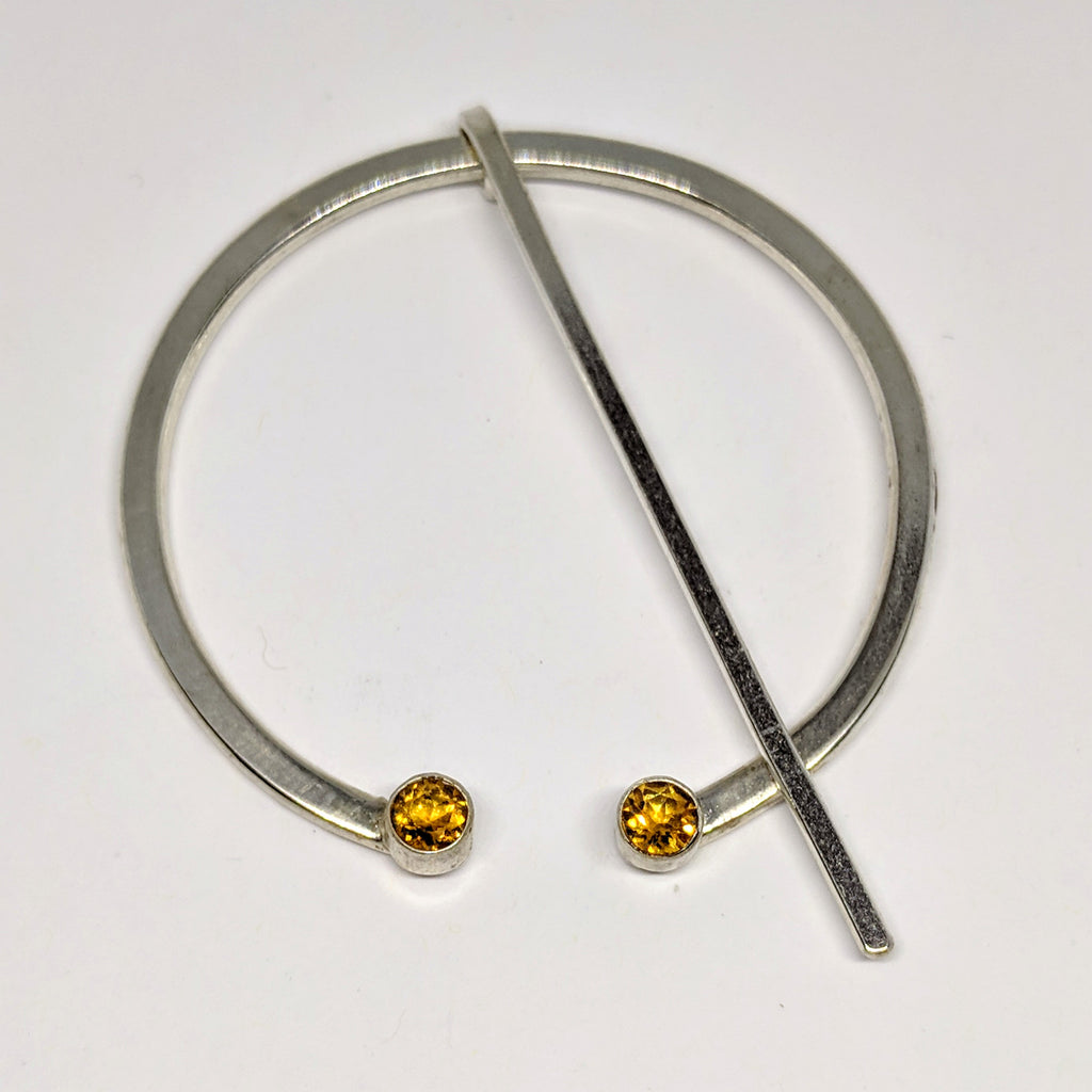 Large citrine penannular pin