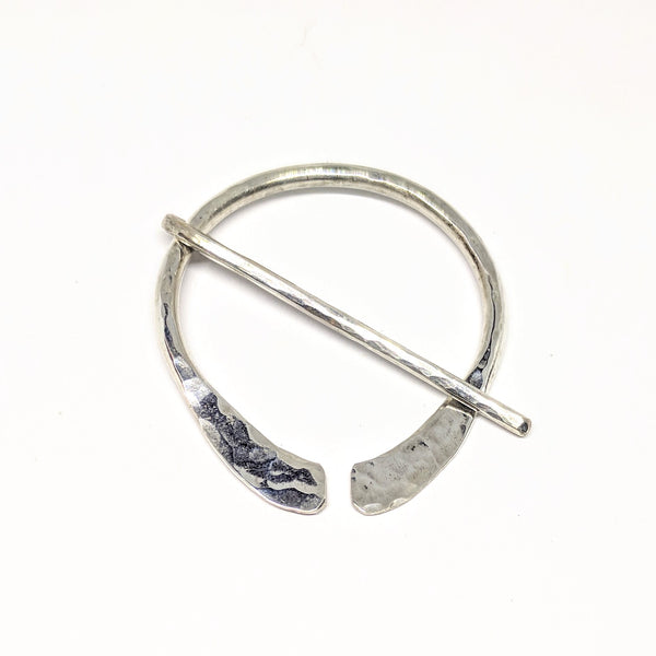 Hammered medium silver penannular pin