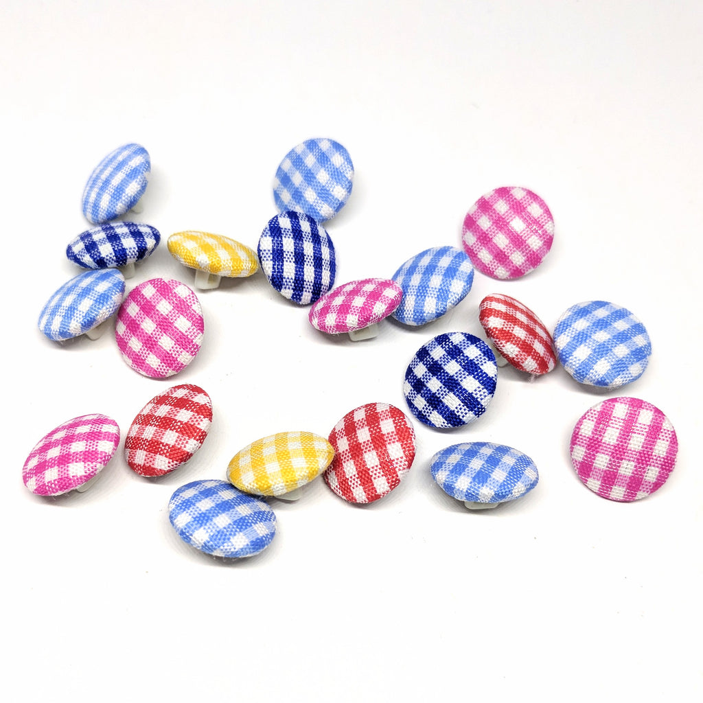 Gingham buttons