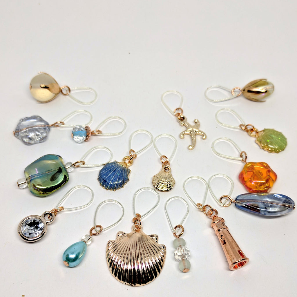 On the beach - stitchmarker set