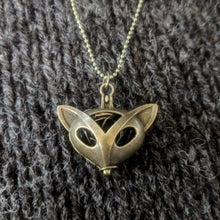 Load image into Gallery viewer, Fox stitchmarker pendant