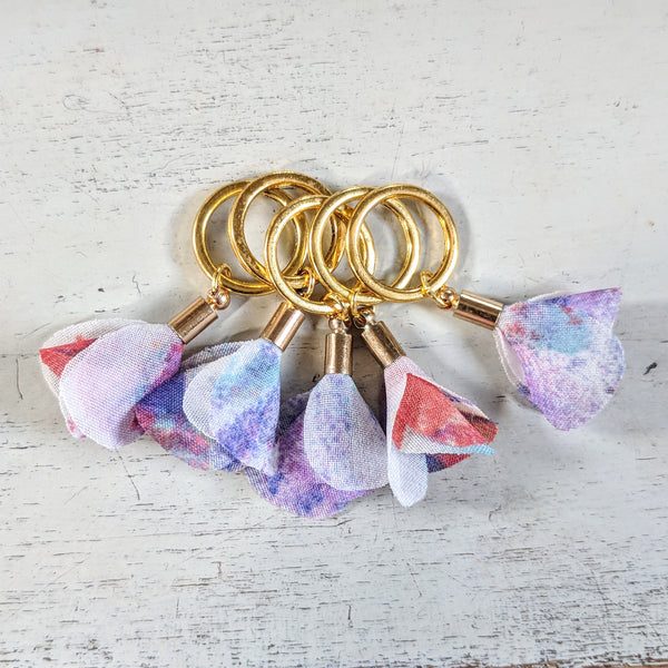 Lilac flower stitchmarkers - flower power fund