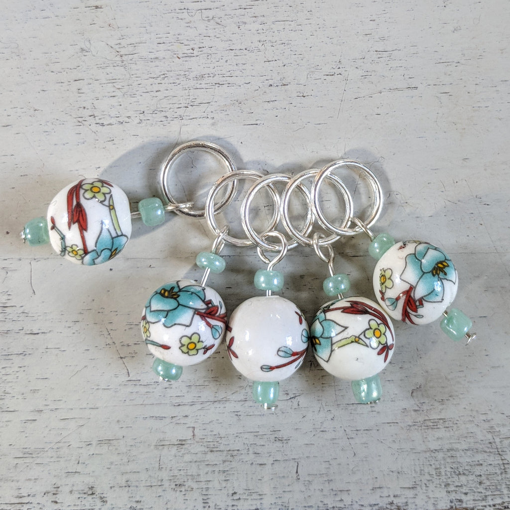 Porcelain bloom stitchmarkers - flower power fund