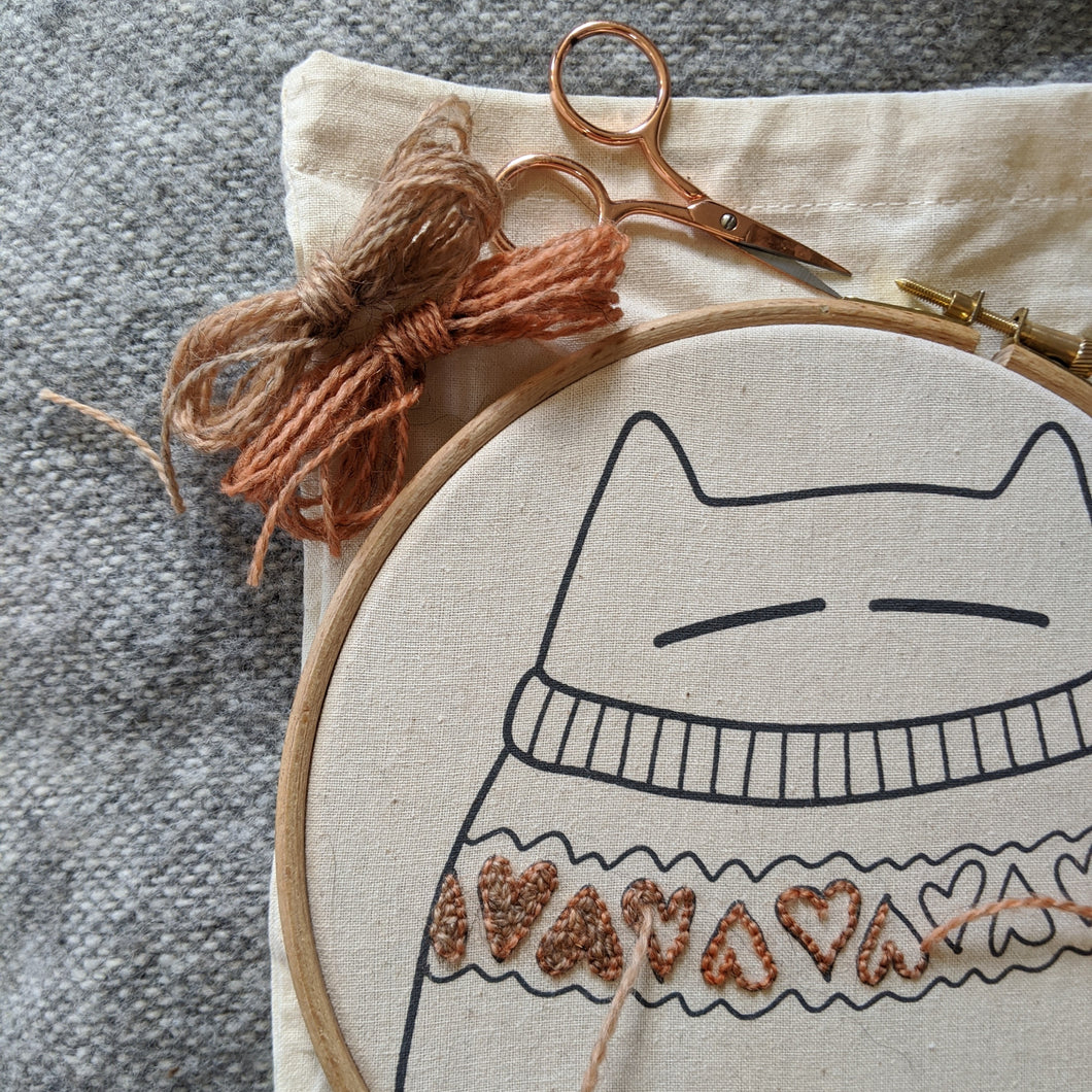 Stitch your own sweatercat - project bag