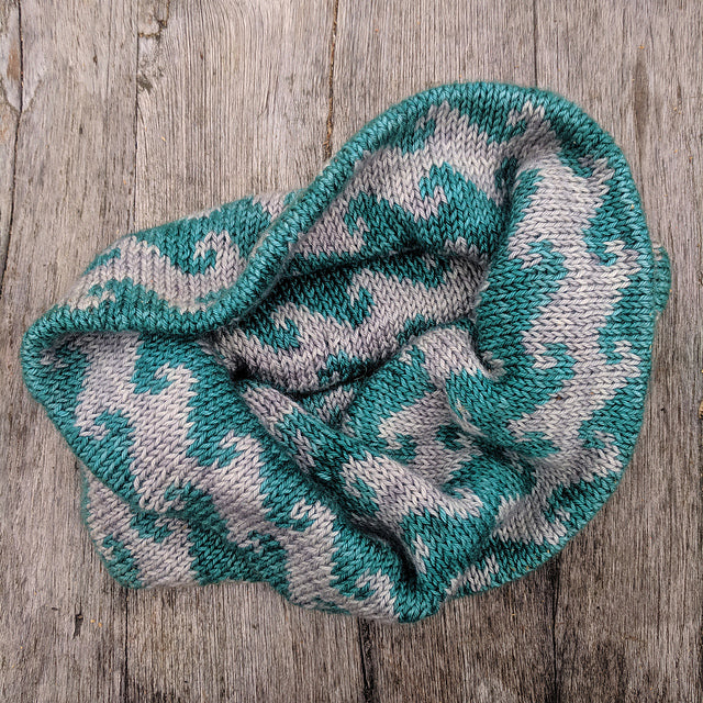 Salty Sea cowl knitting pattern